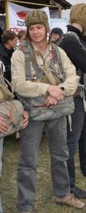 Георгий Кискин с парашютом-2